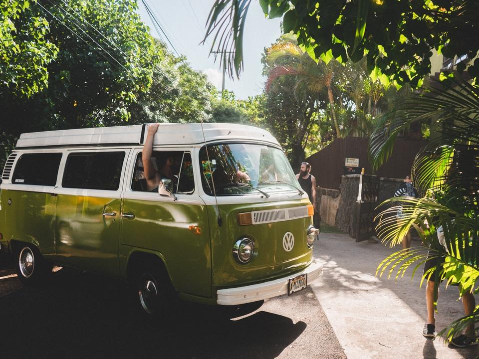 Smarte gadgets og iPhone tilbehør til kør-selv ferie.